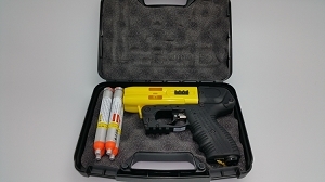JPX 4 Shot Defender Yellow Pepper Gun With Level II Holster