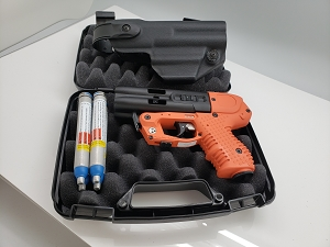 FIRESTORM JPX 4 C-2 Orange Compact  Pepper Gun  with Laser LE   BUNDLE